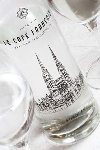 verre le cafe francais bordeaux cathedrale